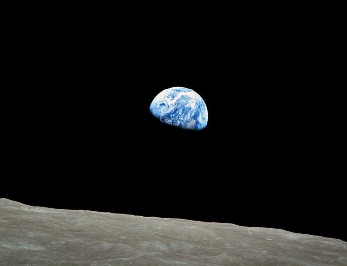 zdjęcie ziemi z Apollo8