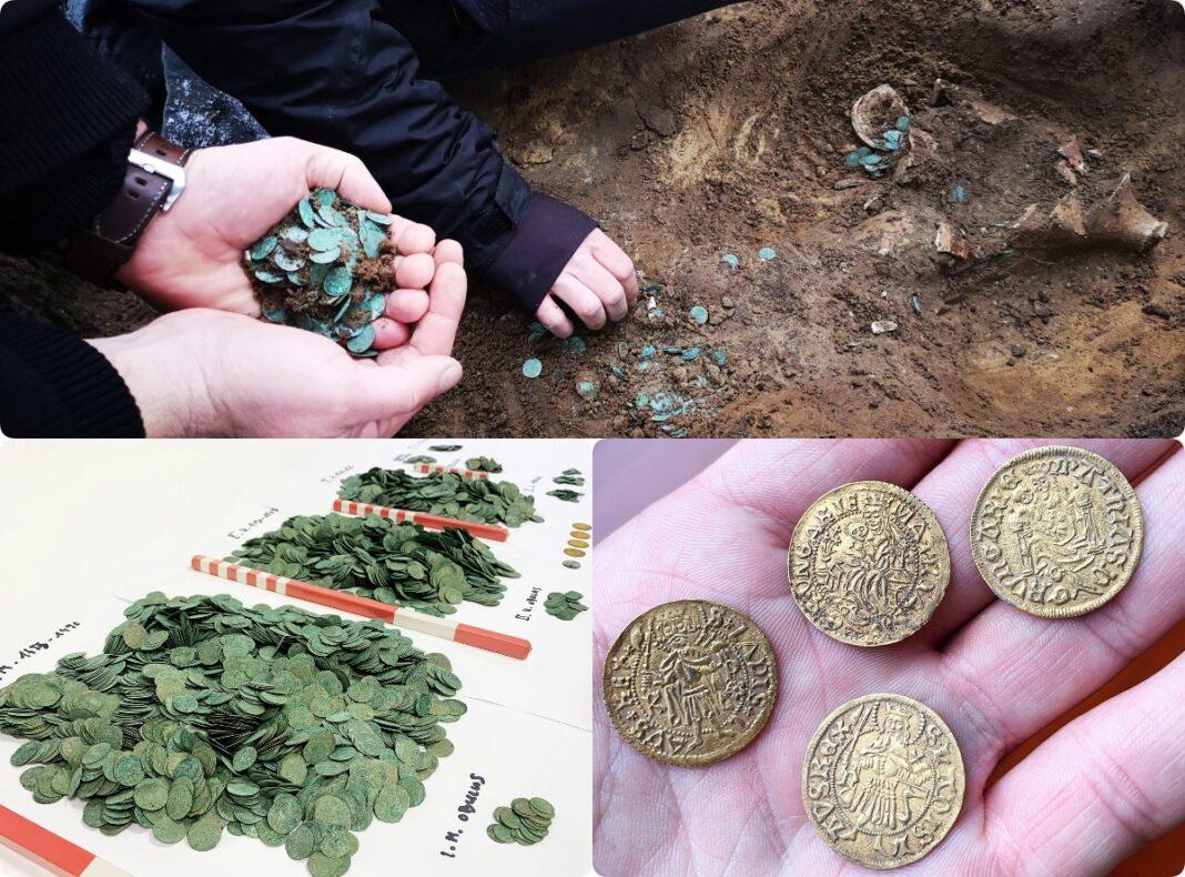 średniowieczny skarb srebrnych monet