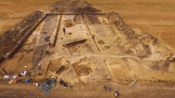 debiany wykopaliska archeologiczne