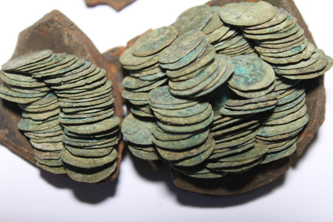 Skarb srebrnych denarów Jagiełły z XV wieku
